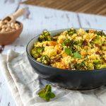 Couscous-Salat mit Brokkoli und Süßkartoffeln