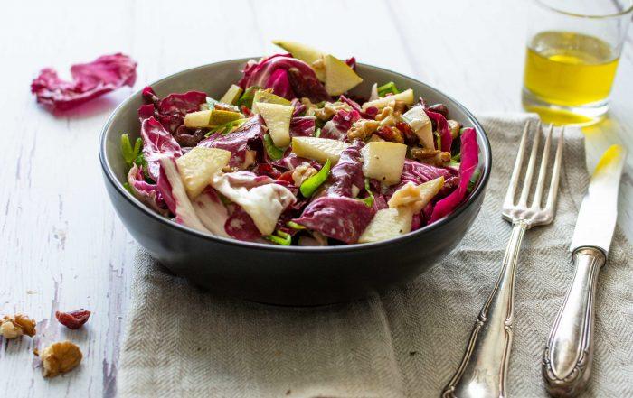 Postelein-Radicchio-Salat mit Birne