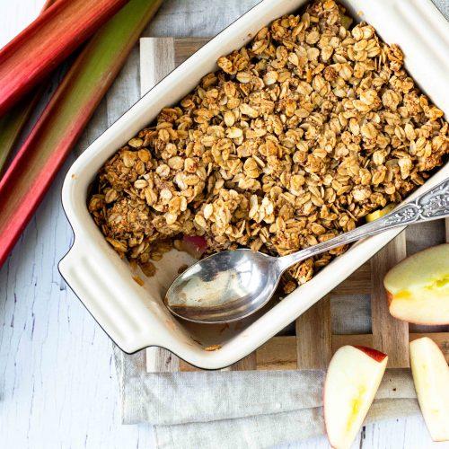 Rhabarber-Apfel-Crumble gesund