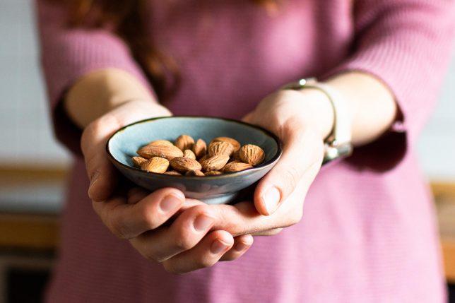 Mandeln gesunder Snack Ernährungsmythen