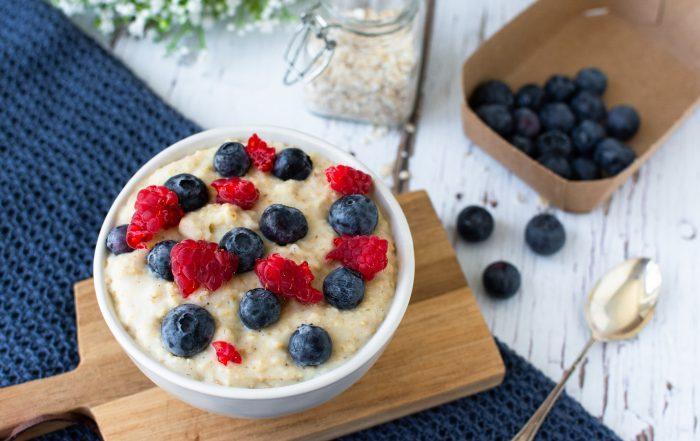 Joghurt Porridge gesundes Frühstück
