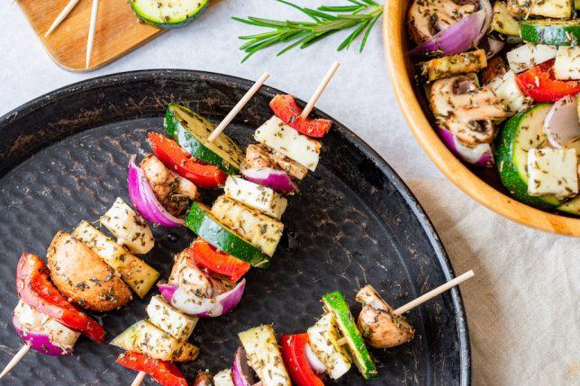 Grillspieße Gemüse Halloumi gesund vegetarisch Grillen